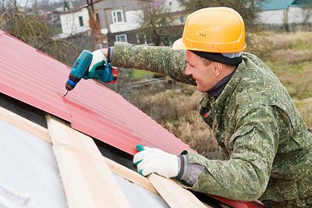 Sửa chữa lỗ thủng trên mái tôn
